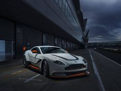 Aston Martin Vantage GT3 - Fotos - Jornal do Carro