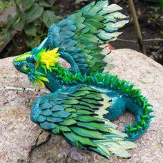 Neuer Smaragddrache, inspiriert nach der schönen Farbe der Wälder :)