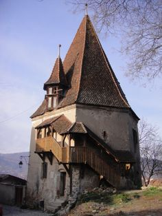 The home in the middle and to the left is the birthplace and childhood home of Vlad Dracula