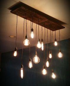 Interior Pencahayaan dengan Hanging Bulb