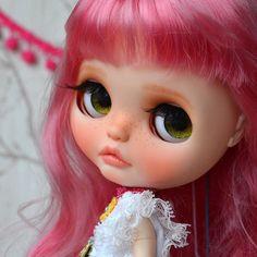 Custom Doll for Adoption by BeMyDoll CHECK HERE http://etsy.me/2jWqUMQ #blythe #dollycustom #blythecustom #blythecustomizer #ooakblythe #customblythe #kawaii #doll #artdoll #dollstagram #blythestagram #blythelover #ブライス