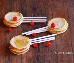 Mini pancakes pops