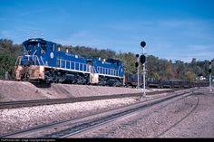 RailPictures.Net Photo: URR 26 Union Railroad EMD MP15DC at Dravosburg, Pennsylvania by BurghMan