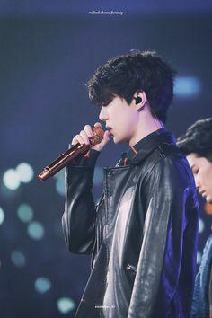 [HQ] 180210 Sehun in The Elyxion in Taipei Sehun, Exo Kai, Hunhan, Exo Ot12, Rapper, Kim Jong Dae, Kim Minseok, Celebrity List, Kris Wu