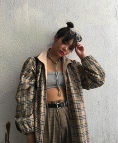 Imagem de fashion, outfit, and style Aesthetic Fashion, Look Fashion, 90s Fashion, Aesthetic Clothes, Korean Fashion, Fashion Outfits, Fashion Clothes, Pretty Outfits, Cool Outfits