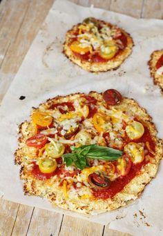 Pizza-Chou-Fleur Plus - My pictures Raw Food Recipes, Veggie Recipes, Vegetarian Recipes, Cooking Recipes, Healthy Recipes, I Love Food, Good Food, Yummy Food, Pizza Vegetal