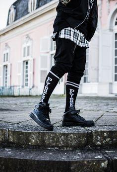 Knee high sock and sneaks