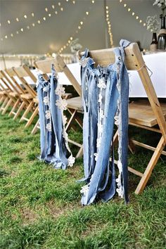 We love this idea!! http://www.countryoutfitter.com/style/real-country-wedding-courtny-cordosa/