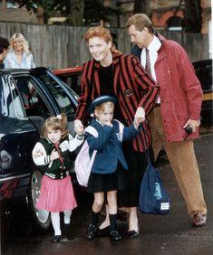A királyi család gyerekkori fotóalbuma - cuki előkelőségek Baby Strollers, Glamour, Children, Style, Fashion, Baby Prams, Young Children, Swag, Moda