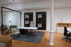 Mesa Dirección MORE Showroom, Barcelona, Conference Room, Table, Furniture, Home Decor, Mesas, Decoration Home, Room Decor