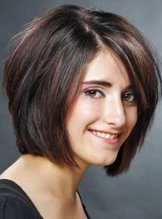 Muss Brunette Bob Frisuren sehen, Haarschnitt fü Square Face Hairstyles, Bob Hairstyles For Thick, Haircut For Thick Hair, Hairstyles With Bangs, Cool Hairstyles, Brunette Hairstyles, Wavy Hair, Fringe Hairstyles, Wedding Hairstyles