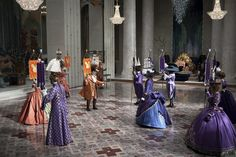 Eiko Ishioka's Final Bow The Surrealist Costume Designer Remembered Through Stills from Her Last Project Tim Burton, Costume Hollywood, Snow White Movie, Eiko Ishioka, The Fall 2006, Ballet Performances, Japanese Costume, Fantasy Costumes, Period Outfit