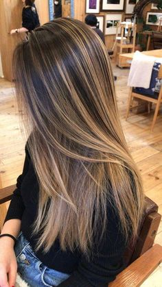 Gorgeous Hair Color Idea That Will inspire You, Hair highlights for brown ha. Gorgeous Hair Color Idea That Will inspire You, Hair highlights for brown ha. Brown Hair With Blonde Highlights, Brown Hair Balayage, Hair Color Balayage, Ombre Hair Color, Brown Hair Colors, Balayage Highlights, Balayage Straight, Brunette Color, Carmel Brown Hair