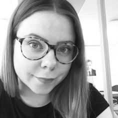Strikkeoppskrift: Camilla Pihls Mari-genser | ELLE Norge Fashion, Threading, Moda, Fashion Styles, Fashion Illustrations, Fashion Models