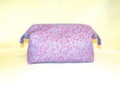 NEW Super Sized Make-Up Travel Bag in a Pretty Tiny Floral Print in Orchid and…