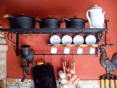 60 Photos of decoration with colonial style - Decoration, Architecture, Construction, Furniture and decoration, Home Deco Kitchen Stove, Old Kitchen, Rustic Kitchen, Kitchen Appliances, Updated Kitchen, Home Goods Furniture, Cabin Interiors, Interior Paint Colors, Farmhouse Design