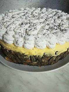 Mákos guba torta, ennél finomabb édességet én még nem kóstoltam! - Egyszerű Gyors Receptek Diabetic Recipes, Cooking Recipes, Sweet Recipes, Cake Recipes, Tasty, Yummy Food, Hungarian Recipes, Cake Cookies, Bakery