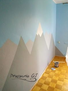 Re-painted boys room with mountains motif by me :) http://pracownia-gj.blogspot.com/2017/06/tropiki.html