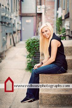Senior Photography | Copyright 2012 Jonna Nixon/Red House Photography