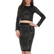 Compleu fabricat din jerseu, alcătuit din bluză scurtă cu mânecă lungă și fustă conică. Pe întreaga suprafață, atât bluza, cât și fusta, prezintă aplicații cu strasuri.  Marimi: S, M, L, XL. Two Piece Skirt Set, Skirts, Dresses, Fashion, Vestidos, Moda, Fashion Styles, Skirt