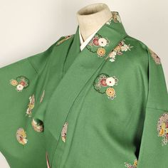 Green komon kimono /【小紋】未使用品/緑地雪輪花柄化繊