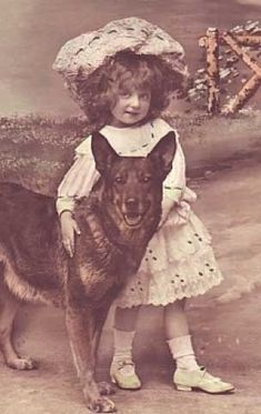 28 Precious Vintage Photos of Children With Their Pets - I Can Has Cheezburger? 28 Precious Vintage Photos of Children With Their Pets - I Can Has Cheezburger? Photos Vintage, Vintage Children Photos, Vintage Photographs, Antique Photos, Dogs And Kids, Animals For Kids, I Love Dogs, Cute Dogs, Dog Photos