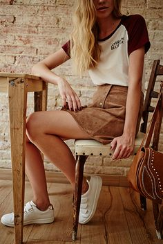 70's - seriously cool - stradivarius, editorial, Camel, 70's, denim, suede skirt