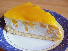 Solero - Torte Zutaten 2 Ei(er) 75 g Puderzucker 75 g Speisestärke 1/4 Pck. Backpulver 1 gr. Dose/n Pfirsich(e) 2 Pck. Schlagsahne, à 200 g 1 Pck. Vanillinzucker 250 ml Maracujasaft 3 Pck. Saucenpulver, Vanille, ohne Kochen