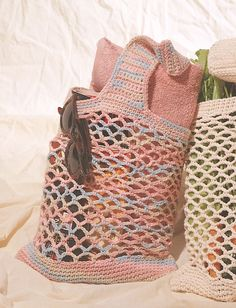 Market Bag - free pattern.  If foesnt show, use search:  pattern + type market bag - go.  Click the picture with price $10+. It will direct you to the free pattern