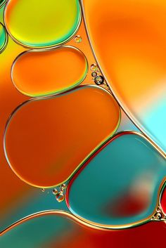 """♥ Such an incredible image ~ """"Oil & Water Abstract in Orange"""" by Sharon Johnstone -- shot with Canon with Canon EFS macro lens and extension tubes. Oil and water abstract. Shot with Canon with Canon EFS macro lens and extension tubes. Colorful Bubbles, Example Of Abstract, Abstract Images, Foto Macro, Water Abstract, Painting Abstract, Orange Painting, Fotografia Macro, Oil Water"""