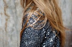 Discovered by ♔ Just a Girl ♔. Find images and videos about girl, fashion and style on We Heart It - the app to get lost in what you love. Mode Style, Style Me, Simple Style, Emilio Pucci, Sequin Jacket, Sequin Blazer, Sequin Top, Sequin Cardigan, Boutique Fashion