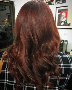 """Mi piace"": 32, commenti: 4 - Salon1219 (@salon1219) su Instagram: ""Went from light copper to a deeper, bright auburn! Fall is here!! #salon1219 #domdhairaz #redhair…"""