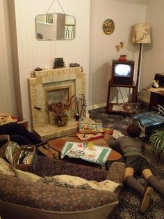 Google Image Result for http://comestepbackintime.files.wordpress.com/2012/05/2-1950s-living-room-portsmouth-city1.jpg%3Fw%3D768%26h%3D1024