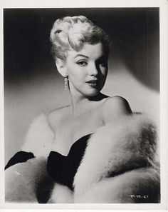"Marilyn Monroe ★¸.✿¸.•°*""˜ƸӜƷ˜""*°•.•.¸ღ¸☆´ ¸.✿´´¯`•.¸¸. ི♥ྀ."