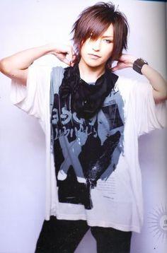 http://images5.fanpop.com/image/photos/27300000/Tora-Alice-Nine-tora-alice-nine-27387231-398-604.jpg