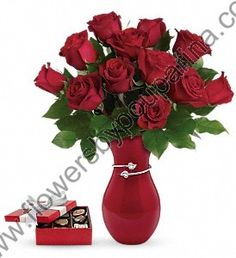 Send #redroses with #chocolates, is a best way to deliver love message in this #valentinesday. Order flowers now from Flowers by Pouparina.