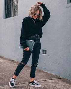 50 Perfect Fall Outfits to Copy Right Now Vol. 50 Perfect Fall Outfits to Copy Right Now Vol. 50 Perfect Fall Outfits to Copy Right Now Vol. 2 / 24 Fall outfits ideas to winter fashion 2019 Mode Outfits, Outfits For Teens, Casual Outfits For Winter, All Black Outfit Casual, Black Vans Outfit, Casual Trendy Outfits, Edgy Fall Outfits, Cool Girl Outfits, Outfit Winter