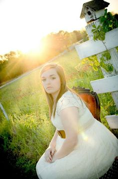 Simple but Elegant Country Girl's taken by: Simple Elegance Photography located at Florence, Alabama 256-768-1824