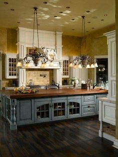 Inspiring 63 Gorgeous French Country Interior Decor Ideas Shelterness On Kitchen french country kitchen decor ideas. decor ideas for french country kitchen. Inspiring 63 Gorgeous French Country Interior Decor Ideas Shelterness On Kitchen. Country Kitchen Designs, French Country Kitchens, French Country House, Country Farmhouse, Farmhouse Design, Kitchen Country, Rustic French, Farmhouse Decor, Country Bathrooms