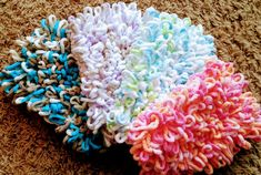 PATTERN ONLY, NOT A FINISHED PRODUCT--------------------  Are you tired of wasting your money on countless Swiffer pads that you throw out after each use? Ive got the solution: washable crochet Swiffer mop head! This wonderful mop head fits nicely on the 10 x 4.5 Swiffer. It is super absorbent and cleans like a charm, the best part however, is that it is safe to put in the washer and dryer! No more smelly mops that cant be properly cleaned, and no more throwing away money on Swiffer pads…