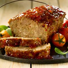 This meatloaf is an old-fashioned favorite, made with lean ground beef, chili sauce or ketchup, oatmeal, and other ingredients and seasonings. Enjoy this family favorite meatloaf recipe for an everyday meal. Cajun Meatloaf Recipe, Meatloaf Glaze, Homemade Meatloaf, Meatloaf Recipes, Meat Recipes, Sauce Chili, Thai Sweet Chili Sauce, Vh Sauces, Old Fashioned Meatloaf