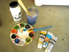 Most people who attend college in the South are aware that it is tradition for a girl to paint her date a cooler when he brings her to a fraternity event, mostly Carolina Cup (a horse race) and formal. When March rolls around you will see a lot of girls with paint on their hands and know that cooler painting season has arrived. Although this started as a college thing, more and more people have started to make them as gifts or for their own family! For people who find themselves lugging…