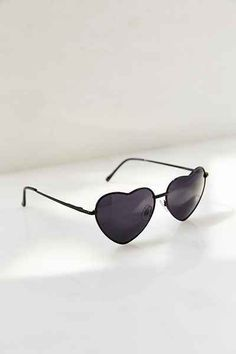 Cheap Ray Ban Sunglasses Sale, Ray Ban Outlet Online Store : - Lens Types Frame Types Collections Shop By Model Cute Sunglasses, Sunglasses Outlet, Ray Ban Sunglasses, Sunglasses Accessories, Cat Eye Sunglasses, Sunnies, Urban Outfitters Sunglasses, Urban Outfitters Clothes, Cheap Ray Bans