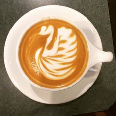 Behold the Swan! #coffeeart