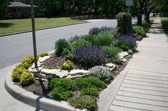 Es el espacio que existe entre la calle y la vereda, muchas veces queda como área perdida, por ello he buscado opciones para diseñar un jardín bello y simple de mantener