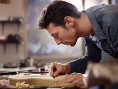 Learn how you can make a guitar at home. With this guide you'll also get some tips on how to select the right materials and make it easy for your first time.