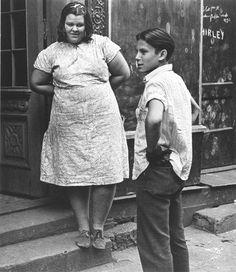 Helen Levitt.  // New York. 1941: