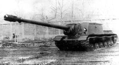 ISU-152 with the BL-10 experimental long 152mm.