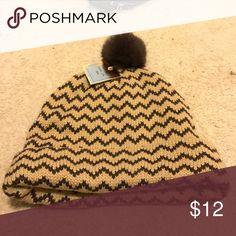 Hat genuine Rabbit fur Hat Hat genuine Rabbit fur trim cap. Brand new new for this winters 🌥❄️☃️⛄️☁️ Accessories Hats