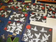 Doves for Remembrance Day Remembrance Day Activities, Remembrance Day Art, Peace Art, Peace Dove, Teaching Art, Teaching Ideas, 3rd Grade Art, School Displays, Anzac Day